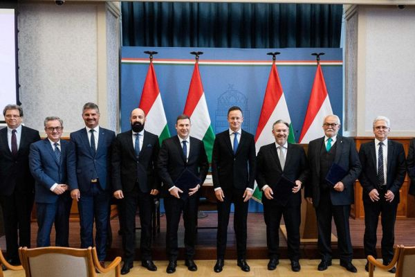 magyar-export-partner-22DD6A438-A8C4-67D9-32A6-5580449E0BA3.jpg